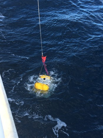 and this is what it looks like when a pressure gauge is lowered into the ocean
